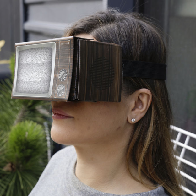 Lunettes de réalité virtuelle TV rétro