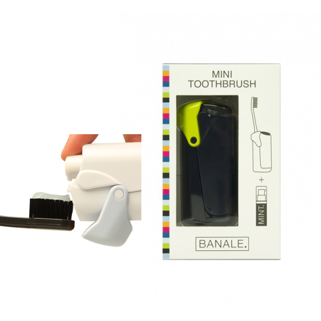 Brosse à dents de voyage Banale. avec dentifrice intégré