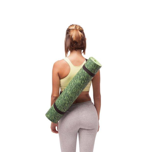 Yogamatte mit Gras und Holz Motiv