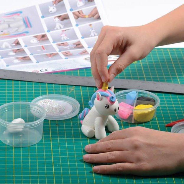 Pâte à modeler Licorne DIY