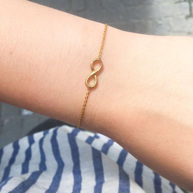 TARA STYLE Armkette Infinity