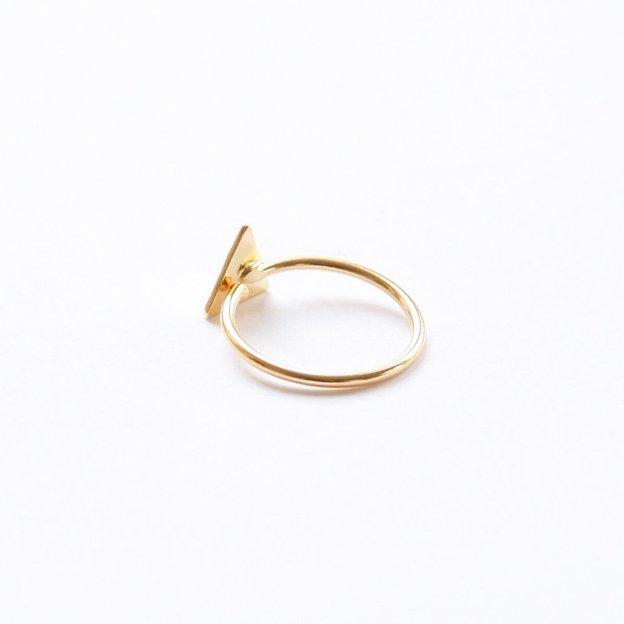 TARA STYLE Fingerring Triangle Gold