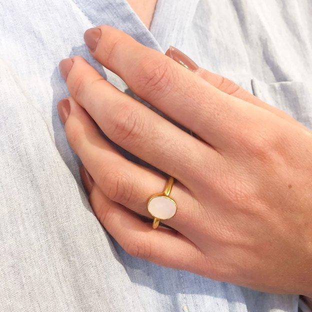 TARA STYLE Ring Laya mit Rosenquarz verstellbar