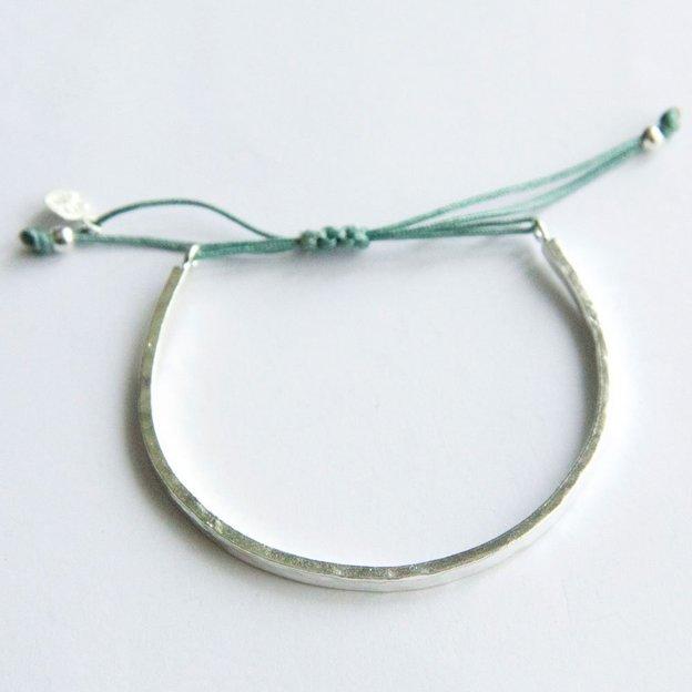 Tara style armband karma bangle silber petrol for Petrol farbe bedeutung