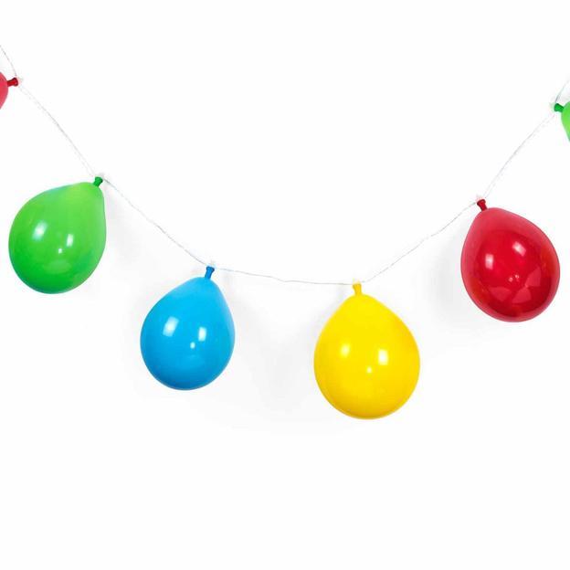 Guirlande avec ballons lumineux d'anniversaire