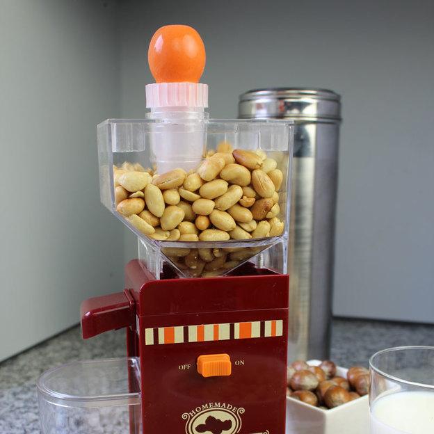 Machine à  beurre de cacahuète maison