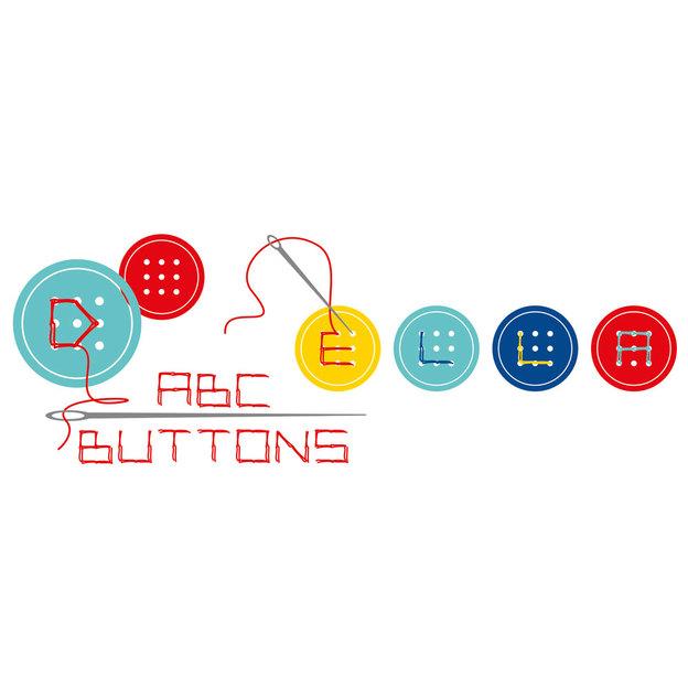 ABC-Knöpfe in 4 Farben mit Nadel & Faden