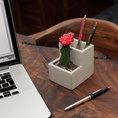 Pot à crayons en béton avec pot de fleur intégré