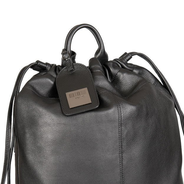 0714 Rucksack aus Kalbsleder schwarz