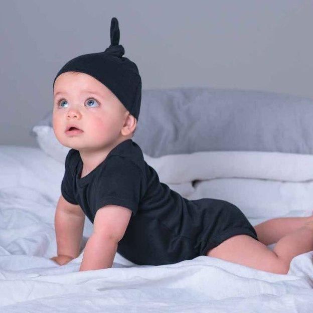 Personalisierbare Babymütze weiss