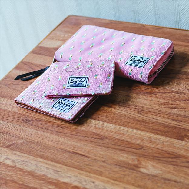 Herschel Portemonnaie Thomas RFID Peach Pineapple Embroidery