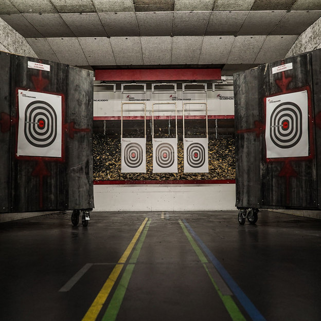Das ultimative Indoor Schusswaffen Erlebnis (für 2 Personen)