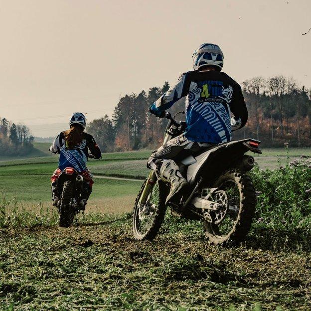 1 Tag Motocross fahren für Frauen mit Vize-Schweizermeister