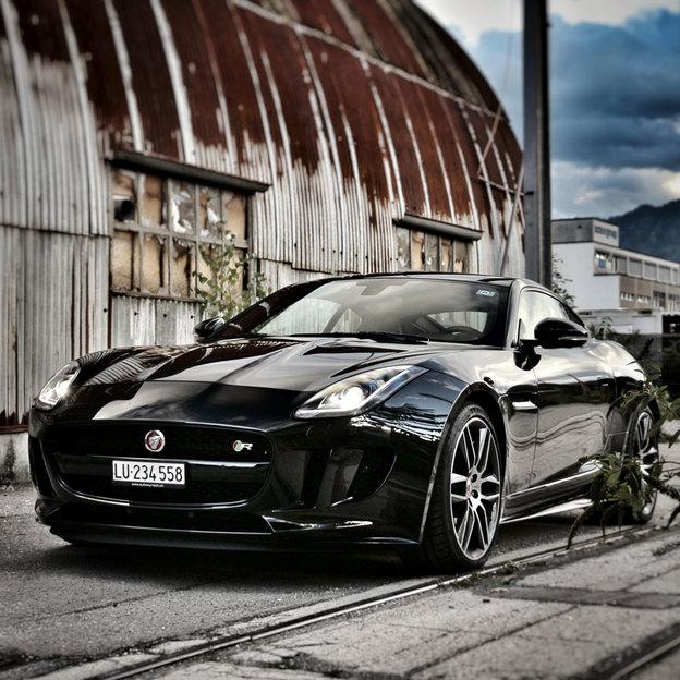 Jaguar F-Type R Miete für 3 Stunden