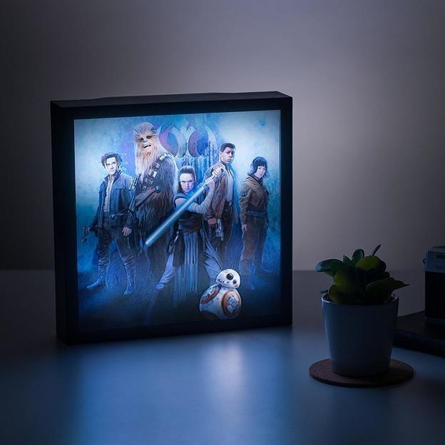 tableau lumineux 3d star wars episode viii. Black Bedroom Furniture Sets. Home Design Ideas