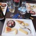 Vertikale Degustation mit Gourmet Häppchen (für 2 Personen)
