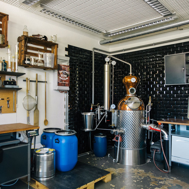 Sei ein Alchemist und kreiere deinen eigenen Gin (für 1 Person)