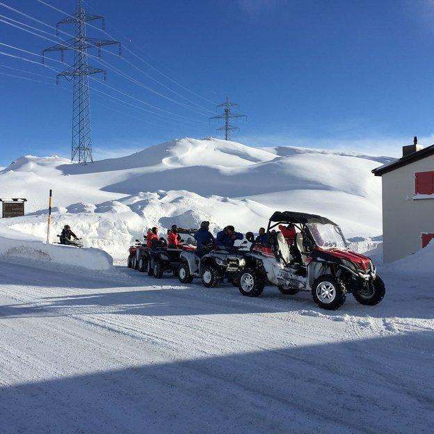 Geführte 4*4 Quad/Buggy Tour zum Berninapass (für 1 oder 2 Personen)