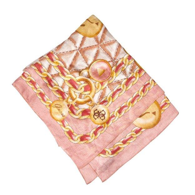 Guess Foulard Fleur rose   ideecadeau.ch 450e55ff434