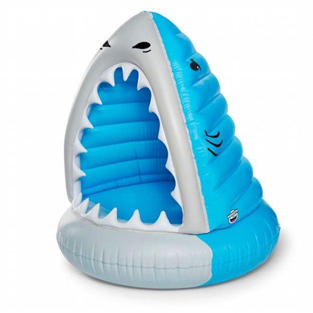 Schwimmring Hai-Biss