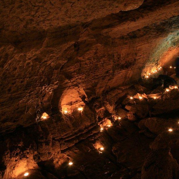 Raclette dans une grotte NE (1 pers.)