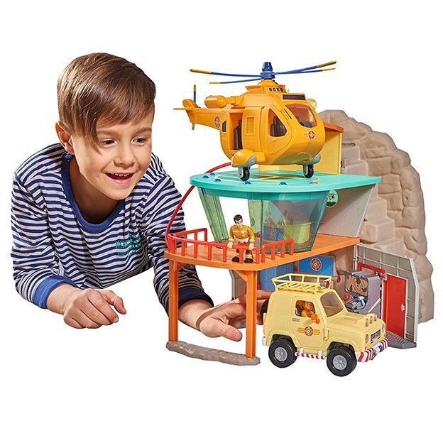 Base de secours de montagne avec figurine Sam