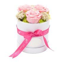 Arrangement floral - 3 roses dans une boîte