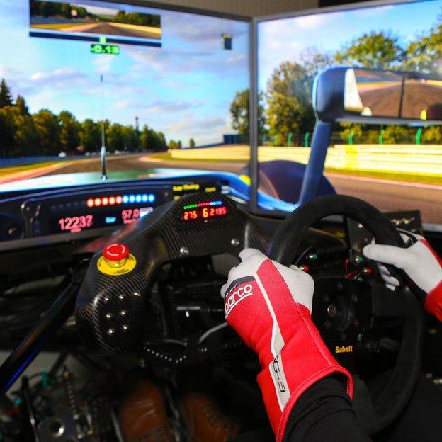 Automobil Rennsport Simulator (30 Minuten)