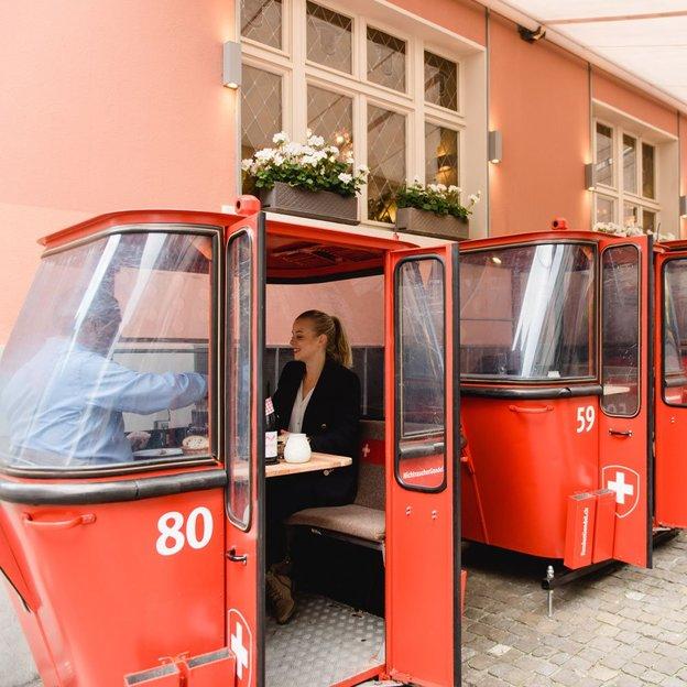 Fondue Plausch in der historischen Gondel im Zürcher Niederdorf (für 2 Personen)