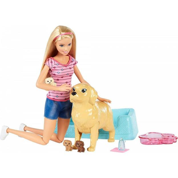 Barbie avec maman chien et chiots