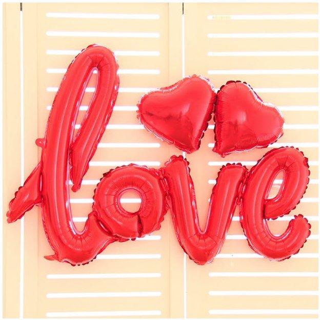 Folienballon Schriftzug Love inkl. zwei Herzen