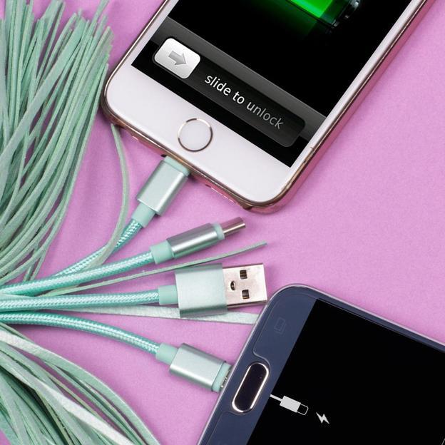Câble de charge USB 3 en 1 Pusheen pompon
