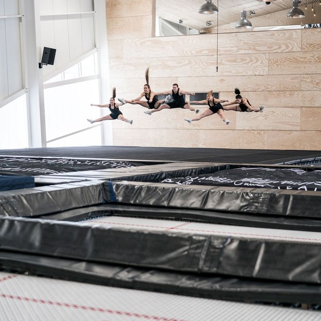 Trampoline & gym indoor à Crans-Montana, enfant jusqu'à 16 ans (60 min)