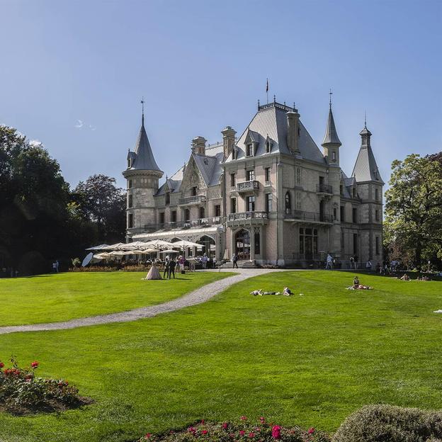 Frühstück im Schloss Schadau mit Schifffahrt (für 1 Person)
