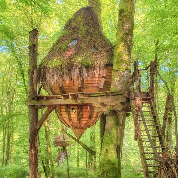 1 nuit romantique et insolite dans les arbres dans la cabane Drommen ( 2 pers.)