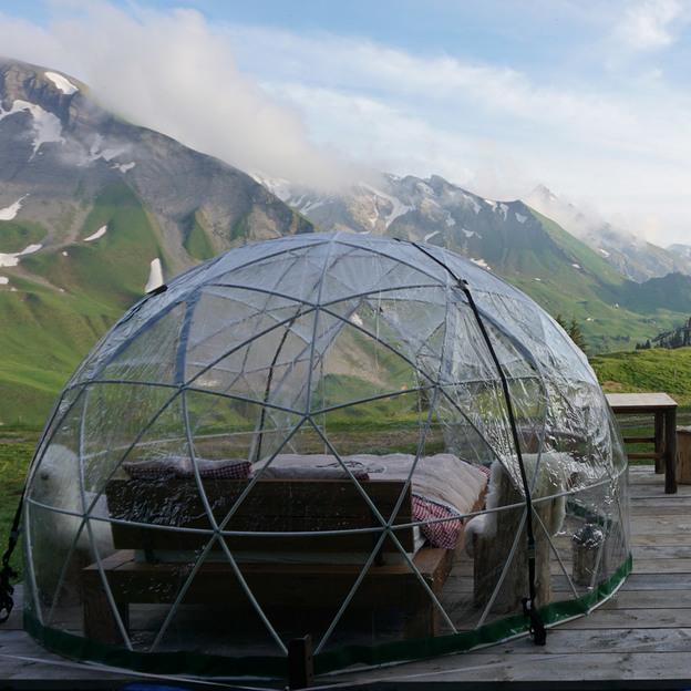 Nuit romantique dans un Bubble-Hotel à Klewenalp (pour 2 personnes)