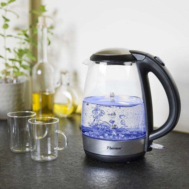 Wasserkocher mit blauer LED-Beleuchtung