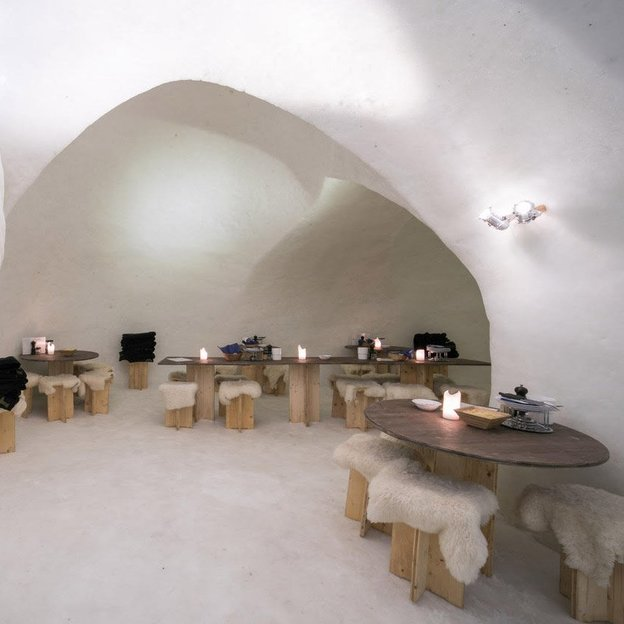 Abendfahrt mit Fondue à discrétion im Iglu Stockhorn (für 2 Personen)