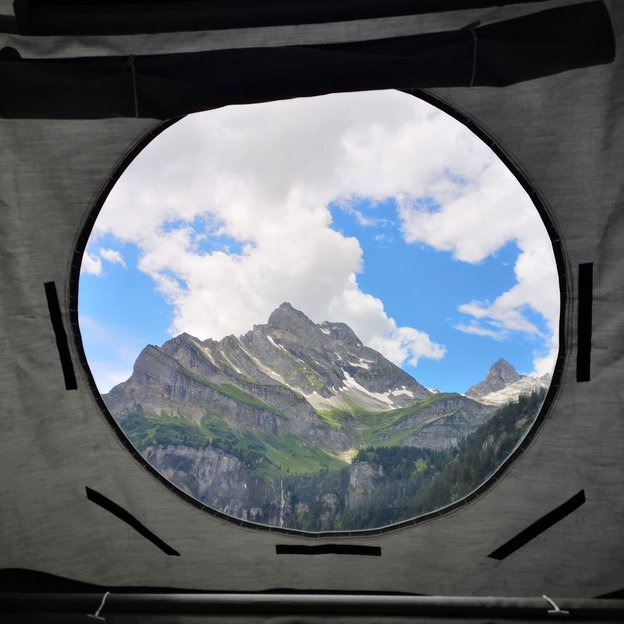 Romantische Übernachtung unter dem Sternenhimmel im Alpenschlafkorb (für 2 Personen)
