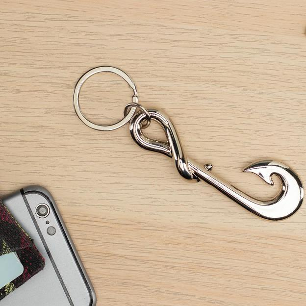 Porte-clés hameçon décapsuleur