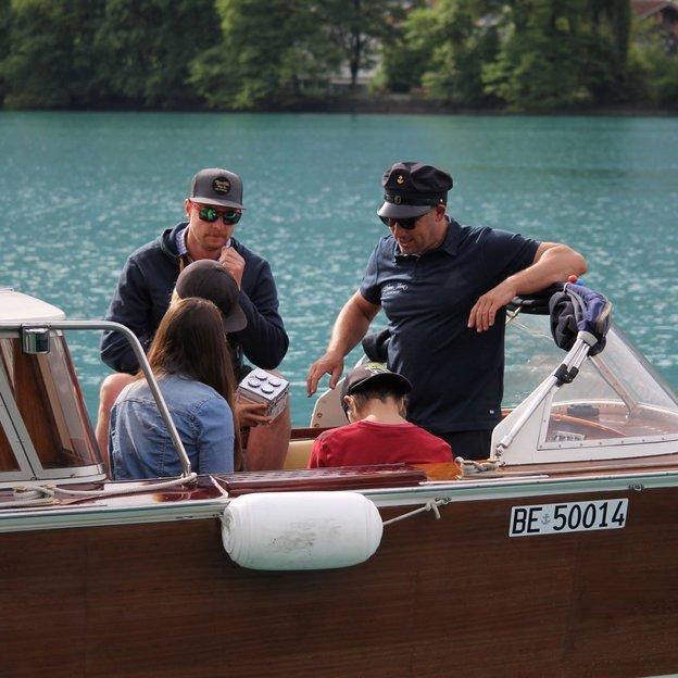 Outdoor Escape Spiel auf dem Boot (für 4 Personen)