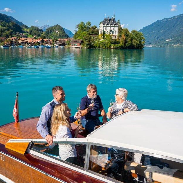 Brunch & traumhafte Bootstour (für 4 Personen)