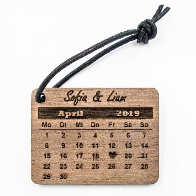 Personalisierbarer Schlüsselanhänger mit Datum